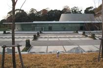 建築と美術工芸が融合したデザイン的にも評価の高い今治市の火葬場です。 当社は給排水、空調(冷温水)設備を施工させて頂きました。